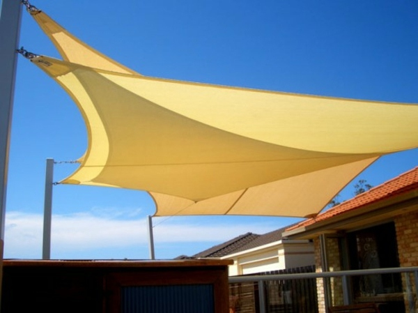 Shade Sails Ideas For Thick Shadow In The Backyard