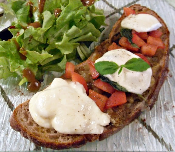 Bruschetta with grilled eggplant and Stracchino
