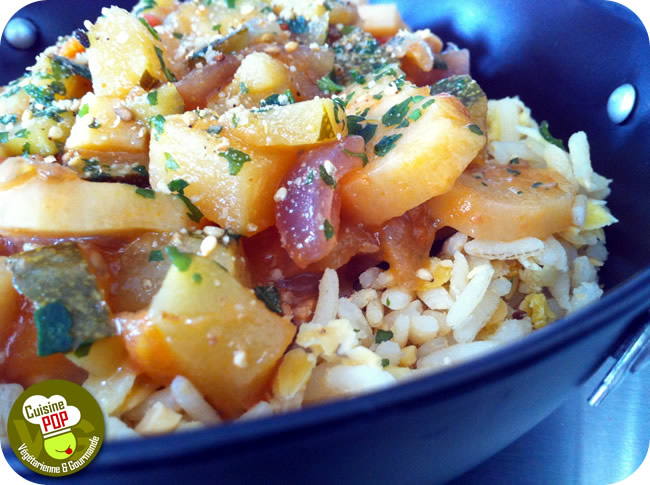 Mishmash of Thai rice and lentils with vegetables