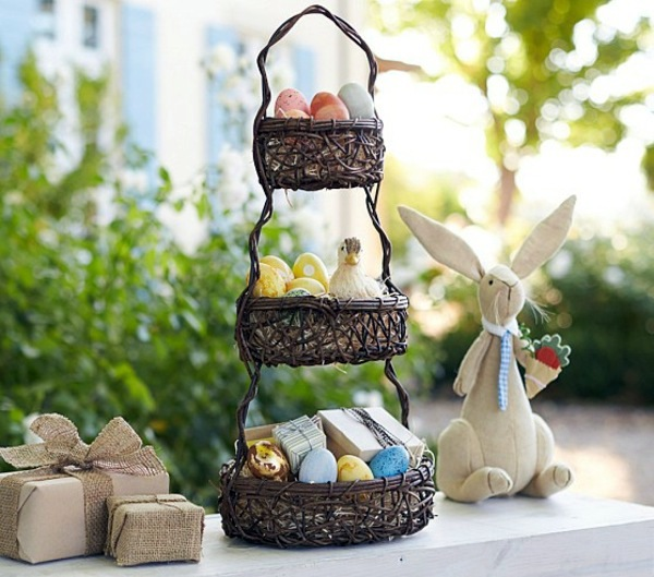 Cool Easter decoration ideas with Easter bunny and ...
