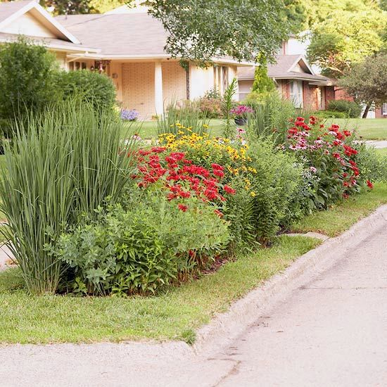 Cool Landscaping Planting The Grass Strip In Front Of