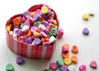 low-cost-valentines-day-gifts-1415090144.jpg