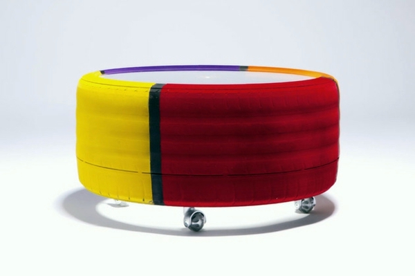 Couchtisch - Designer coffee table by Tavomatico - how to make a stylish piece of furniture from old tires?