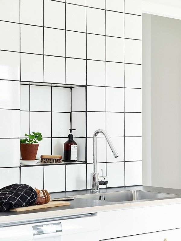 Clean Porcelain Tiles - how to make with home remedies?