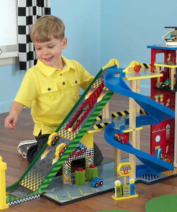Einrichtungsideen - Nursery for boys - colored furnishing ideas