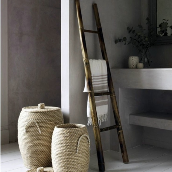 Wooden towel ladder in both rustic as well as in modern bathroom