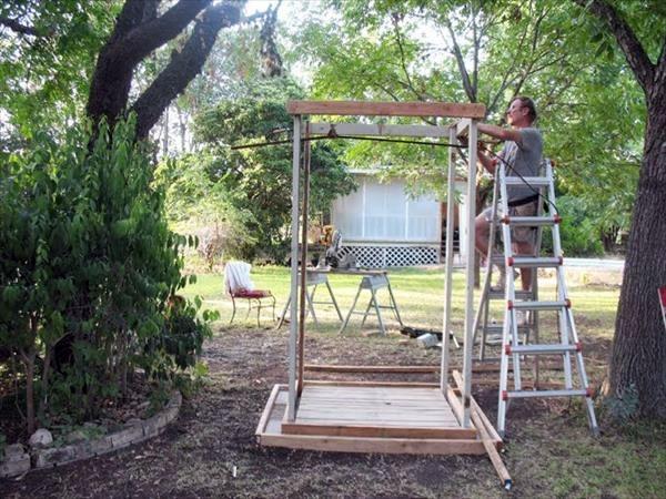 Gartengestaltung - Build shower itself - cool DIY Garden Shower from Euro pallets
