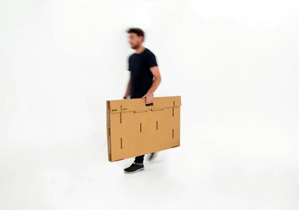 Designer Möbel - Exceptional furniture -Ausgefallener table made of cardboard paper
