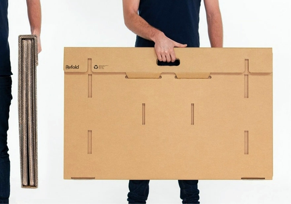 Exceptional furniture -Ausgefallener table made of cardboard paper