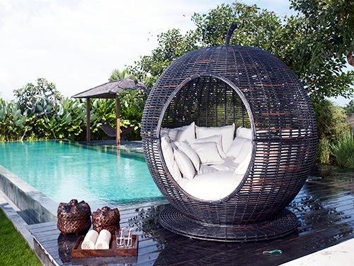 "Great bassinet outdoors - Iglu ""Apple"" by Skyline"