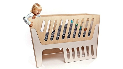 Babyzimmer - Baby Room Furniture - comfortable cot from Jall & Tofta