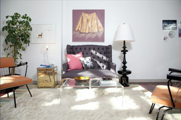Coffee table made of acrylic glass complements any living room furniture