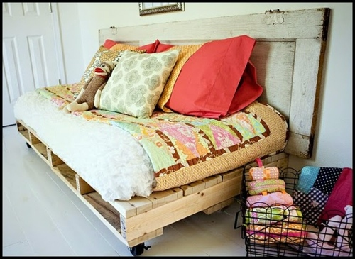 DIY Möbel - Cool Furniture from Euro pallets - 55 craft ideas for recycled wooden pallets