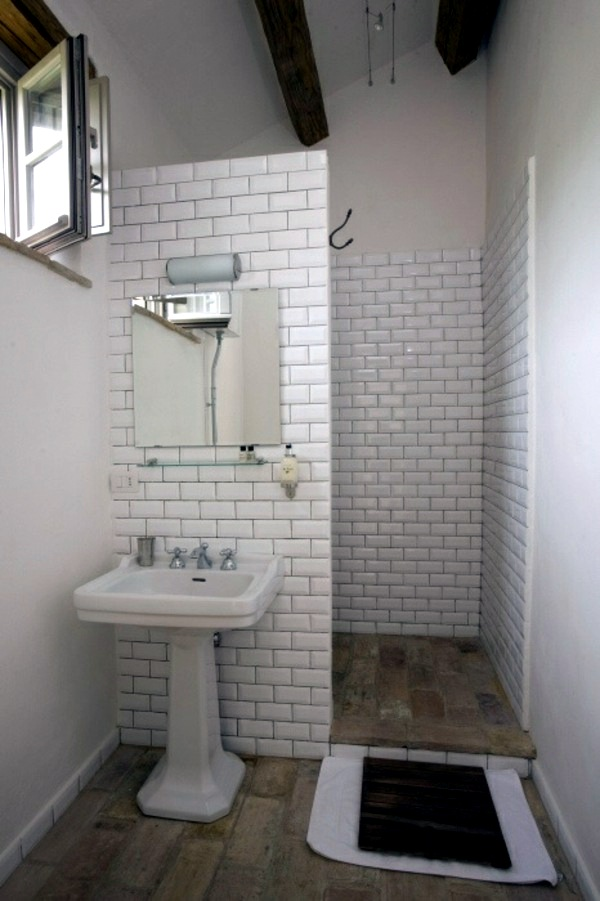 Small bathroom tile - bright tiles make your bathroom ...