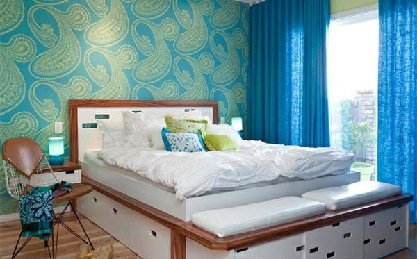 Bedroom colors ideas - blue and bright lime green