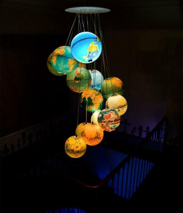 Great Designer Lamp From a Few Plastic Bottles