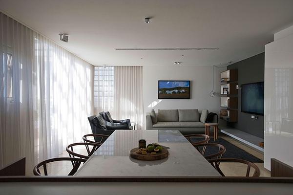 Small Apartment In Sydney Chic Contemporary Decor Of Minosa Design Studio Interior Design Ideas Avso Org