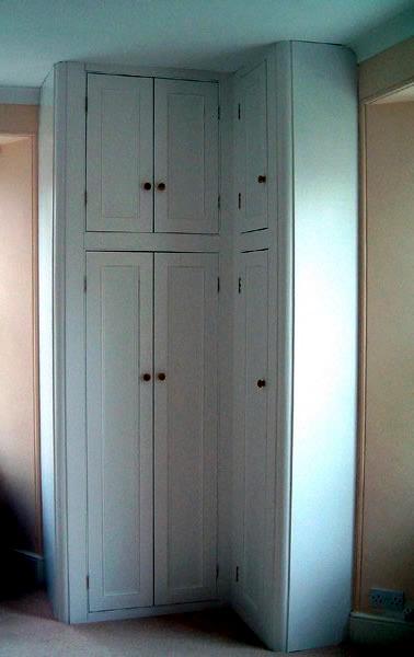 Möbel - Corner wardrobe