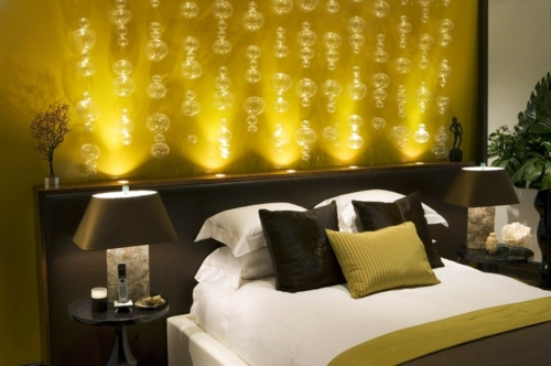 Schlafzimmer - How can you create romantic lighting at home?