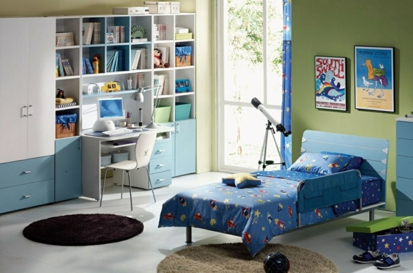 Make young children -A room full of color and love for a little boy