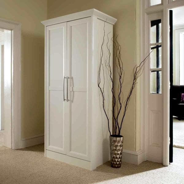 Schränke - Modern, massive wardrobe in the bedroom - choose the best wardrobe