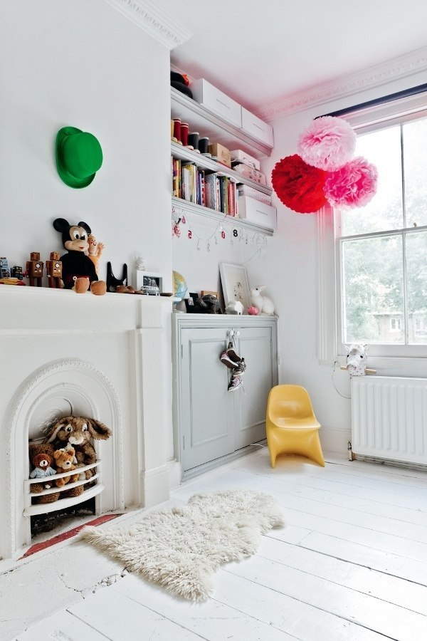 Children's room design - creative ideas in color