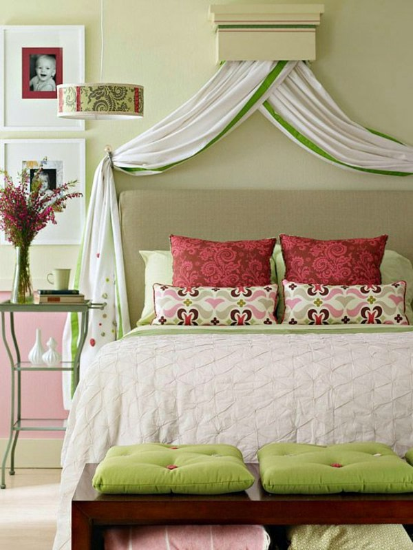 Useful tips for the stylish appearance of the bed headboard