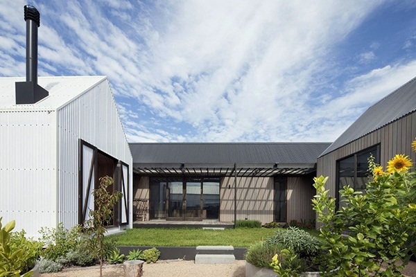 Stylish Country House In Modern Style Seaview House