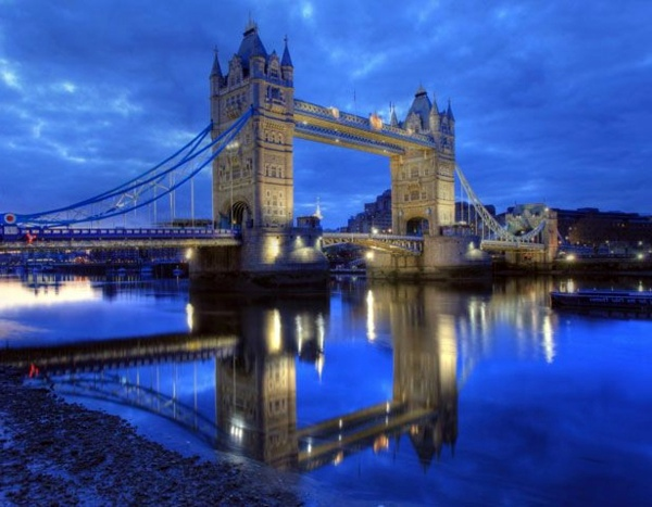 The most amazing and famous bridges in the world