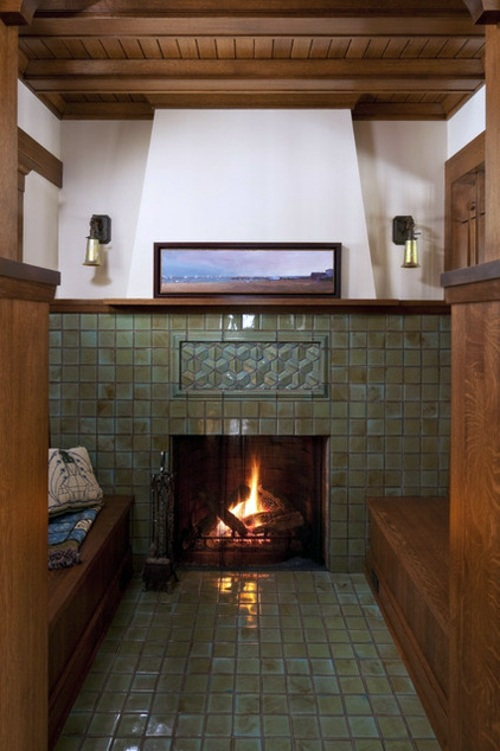 Wood stove and fireplace insert offers a cozy fireplace