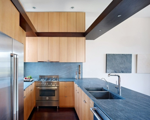 Kitchen worktop and kitchen back wall: Meet The absolutely perfect choice