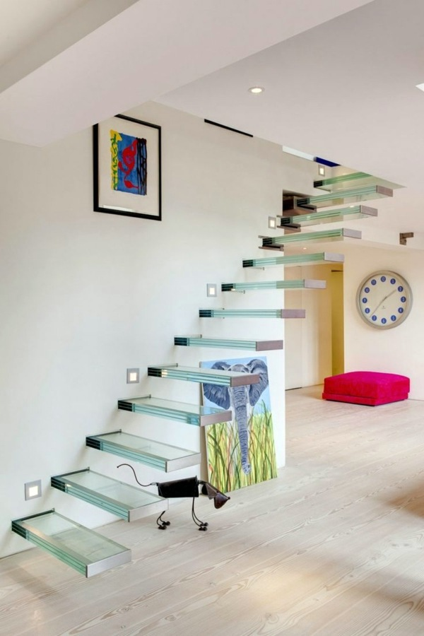 Moderne Architektur - A modern staircase can completely transform your home