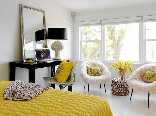 Modern living room design - bright, contrasting colors