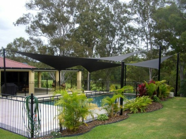 Shade sails ideas for thick shadow in the backyard ... on Shade Sail Backyard Ideas id=89560